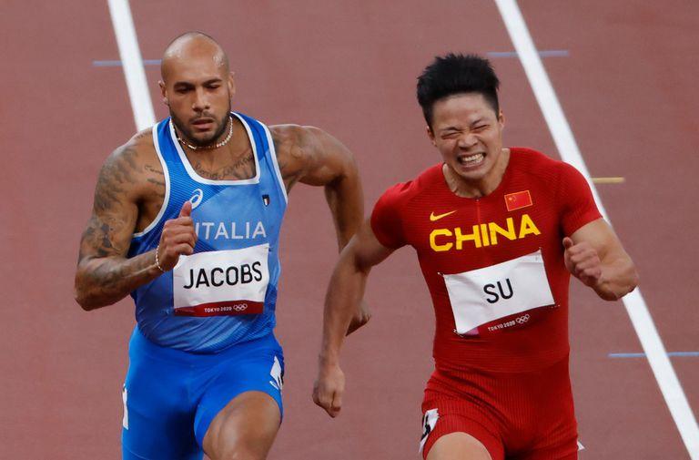 Bingtian Su se convirtió en el primer asiático en disputar la final de los 100 metros llanos y el italiano Jacobs mejoró el récord europeo para esa distancia.
