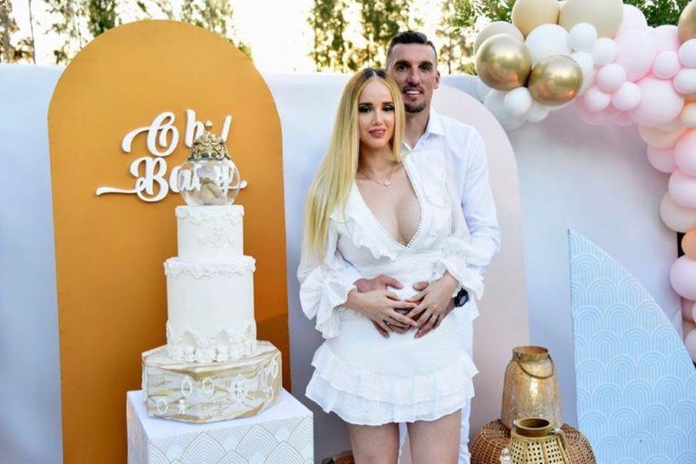 Franco Armani y su esposa anunciaron el sexo de su futuro bebé