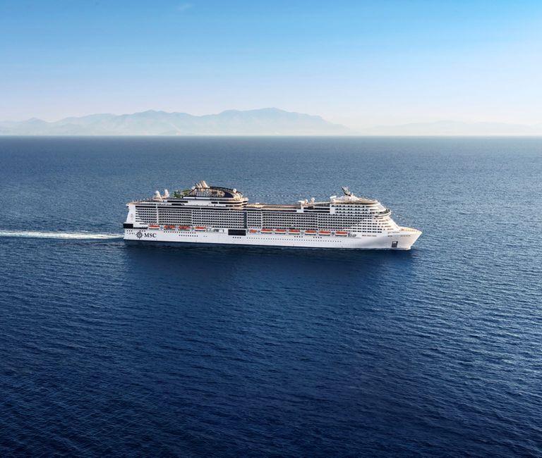 El nuevo MSC Virtuosa de MSC Cruceros se caracteriza por un paseo icónico de 112 metros de largo con una impresionante cúpula LED en el corazón del barco. Luego de los itinerarios en Reino Unido realizará salidas desde Dubai