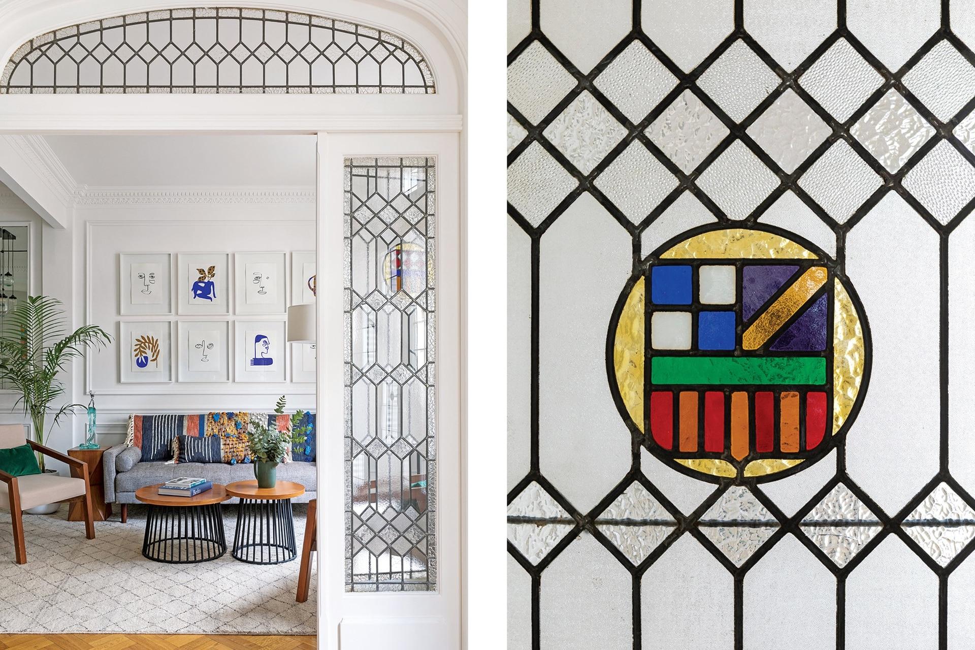Serie de serigrafías del mexicano Rocca Luis César (regalo de Pablo por el nacimiento de Blas) y, al costado, una escultura de Gladys Silva en vidrio.
