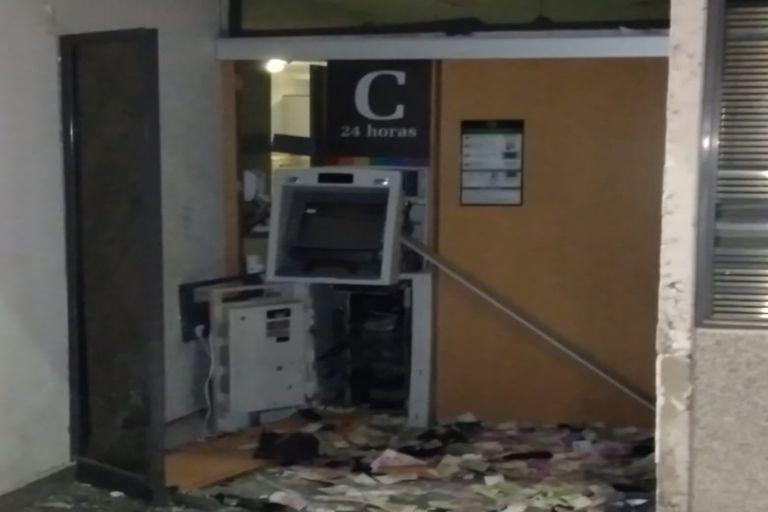 Detonaron un cajero automático en Villa Crespo para robar el dinero
