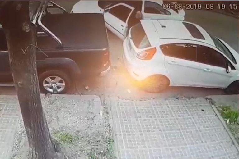 Roban una rueda al auto de la pareja de un fiscal de Morón frente a su casa