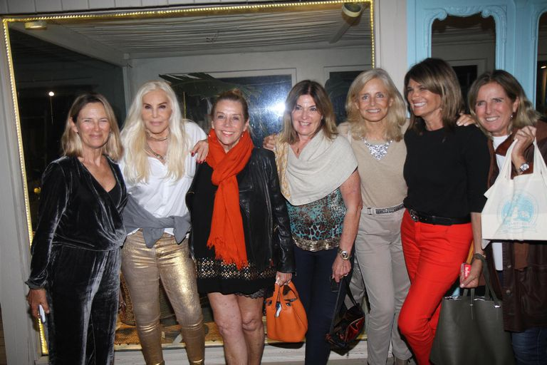 Susana Giménez y sus amigas en la noche de Punta del Este