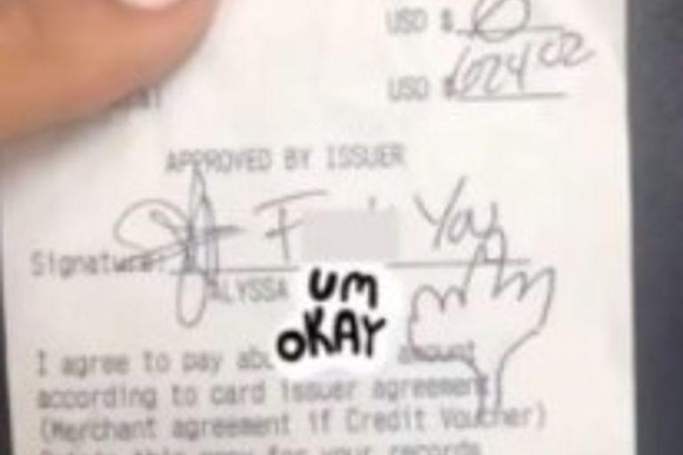 El denigrante comentario dejado en un ticket que hizo llorar de bronca a una moza