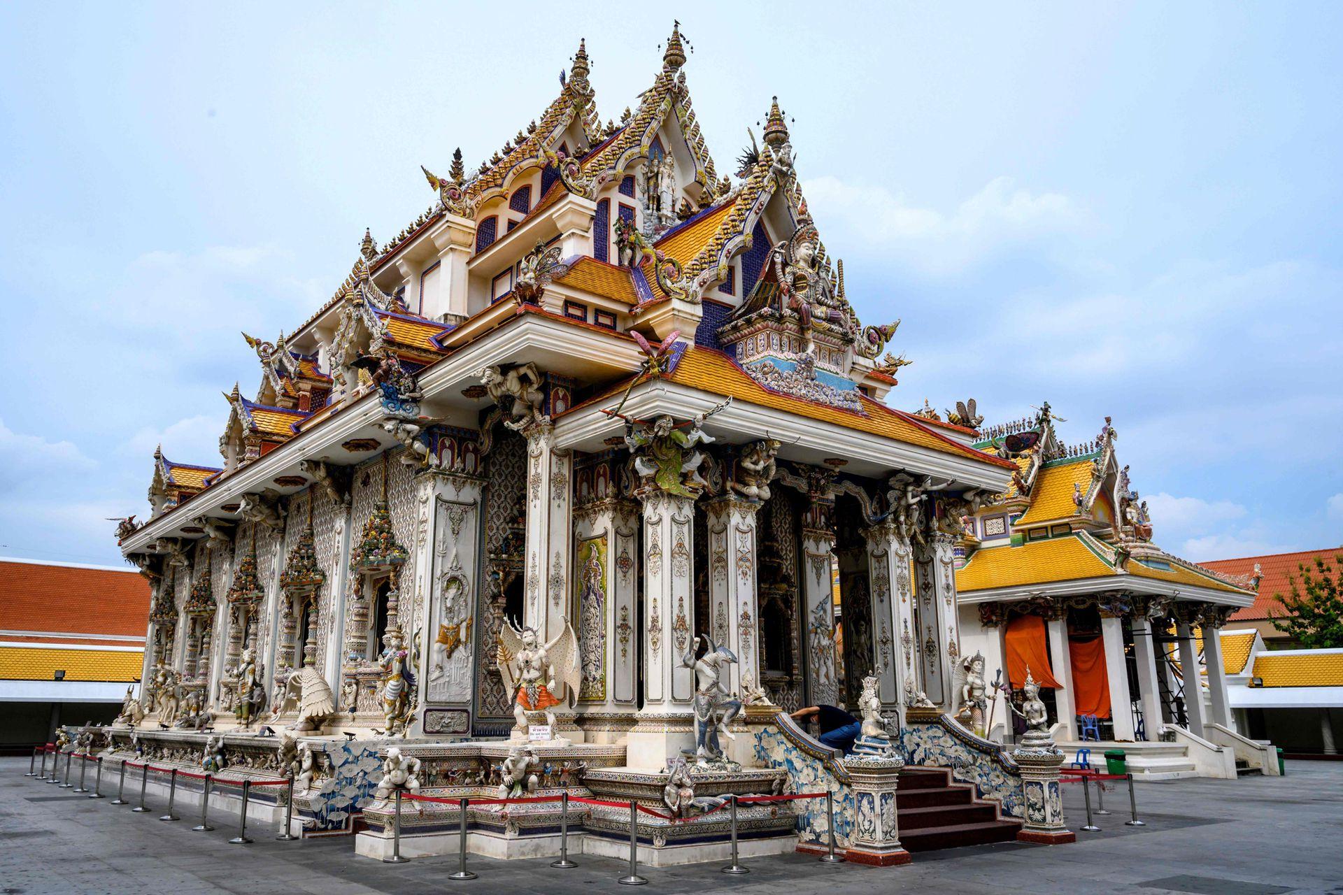 De David Beckham al Che Guevara, Wat Pariwat, el templo budista más moderno de Tailandia