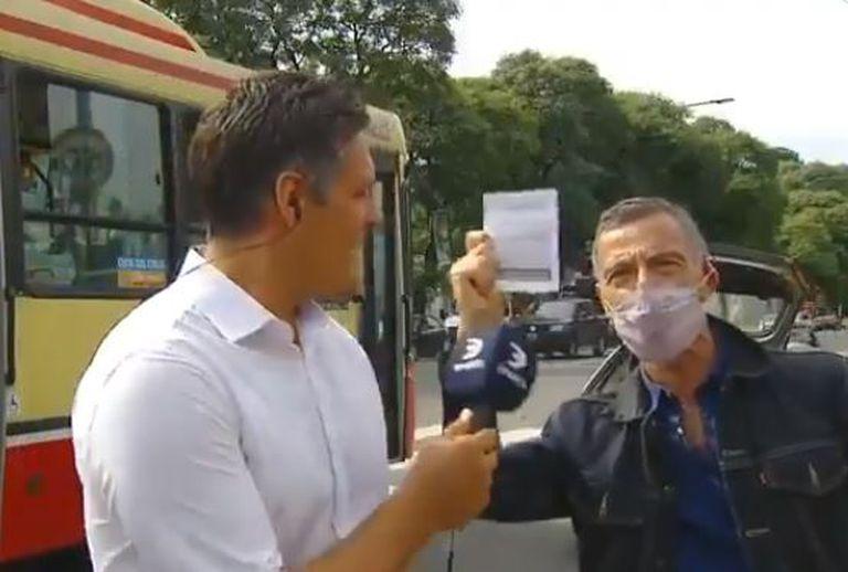 Gustavo Garzón interrumpió un móvil para agradecerle al Gobierno por la vacuna