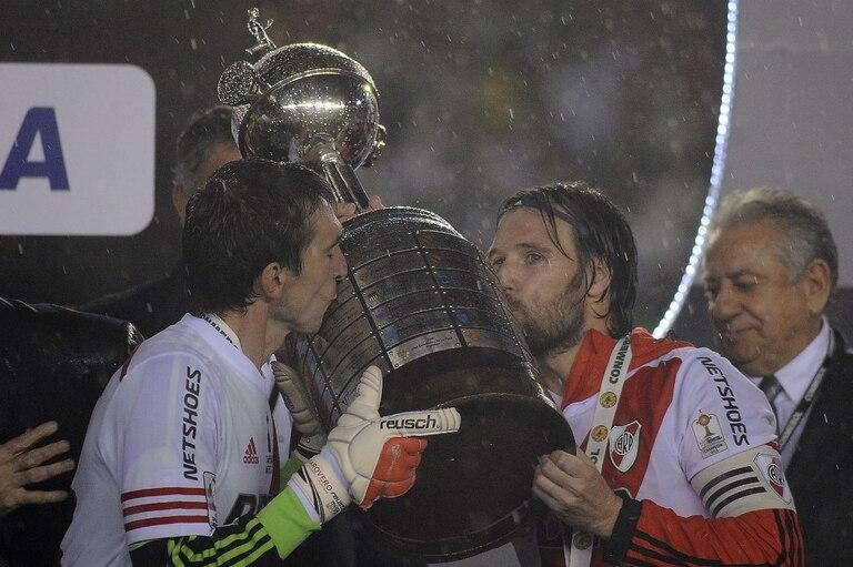 La primera Libertadores: Barovero y Cavenaghi, líderes del campeón 2015