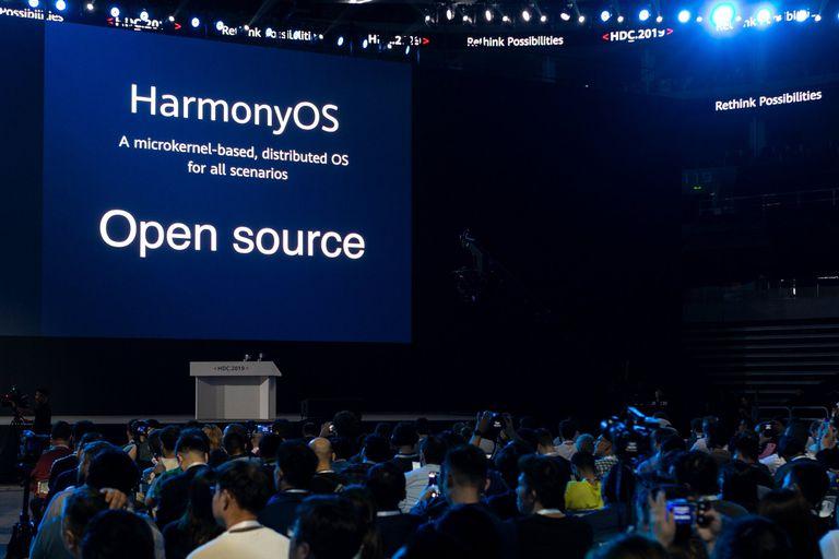 HarmonyOS es la apuesta de Huawei por impulsar una plataforma integrada tanto para smartphones como para televisores, automóviles y muchos otros dispositivos conectados