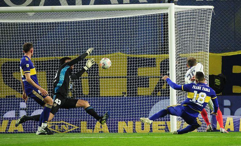 San Lorenzo marcó distancia, venció 2-0 a los chicos de Boca y es puntero del Torneo