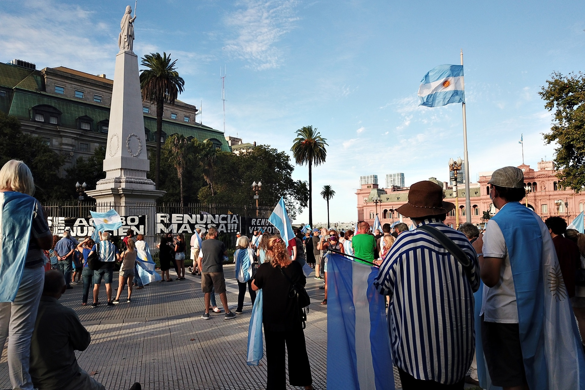 La manifestación en Plaza de Mayo por el 27F