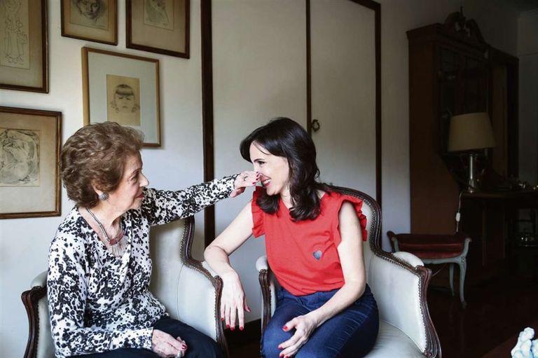 Angelita ve en Jorgelina la mirada de su madre; está feliz de que la actriz encarne los legendarios personajes creados por Niní
