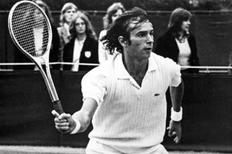 Una perla del archivo: Vázquez, sobre el césped de Wimbledon, en 1974