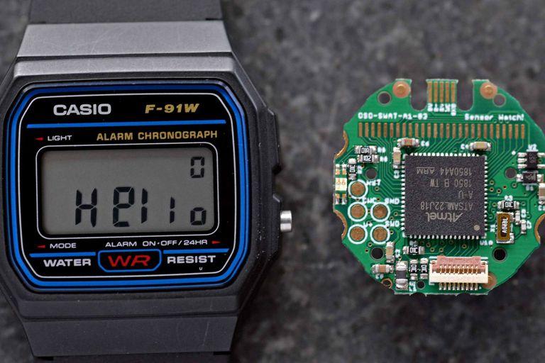 Transforman al clásico Casio F-91W en un reloj con sensores