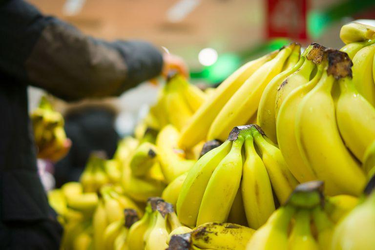 La banana es el producto que más subió en 2019; lo siguen el tomate en conserva y los pañales descartables