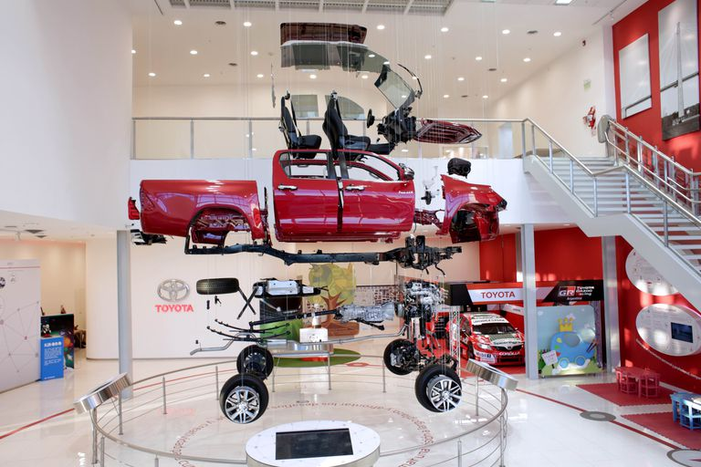 Fabricación. Toyota muestra en forma virtual cómo se produce la pickup Hilux, el modelo más vendido en la Argentina