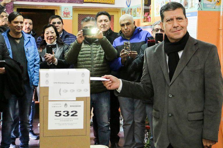 El gobernador Casas ganó la elección de diputados nacionales en La Rioja, pero logró menos votos que los sufragios en blanco
