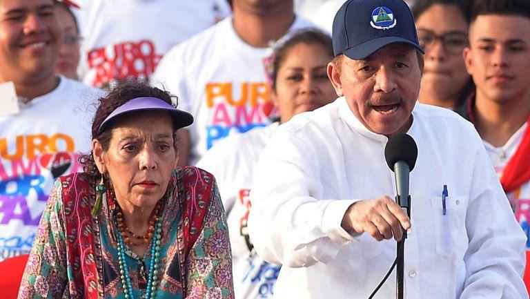 Daniel Ortega junto a Rosario Murillo, acusados por la persecución de opositores en Nicaragua