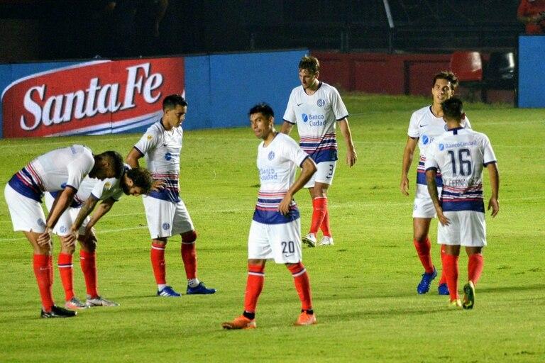 San Lorenzo perdió con Colón en el Nuevo Gasómetro