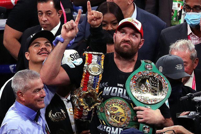 """¿Tyson Fury desplazó a """"Canelo"""" Álvarez del primer puesto de popularidad en el boxeo?"""