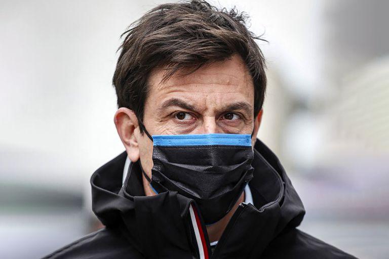 """Toto Wolff evalúa los movimientos de Red Bull e intenta asegurar la fidelidad de su """"tropa"""" en Mercedes"""