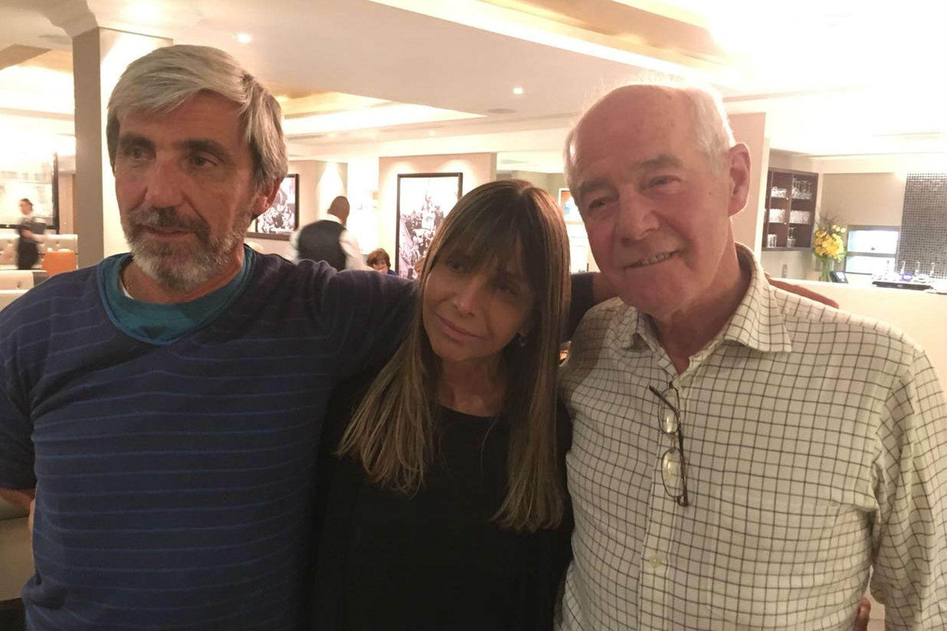 Aro, Cociffi y Cardozo, en Londres