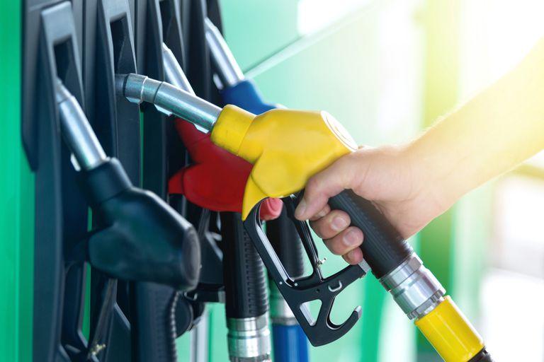 Por el aumento de precios, en septiembre cayó 6,65% la venta de combustibles