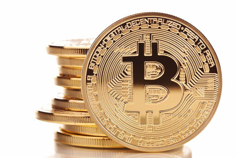 Como nadie sabe a quién pertenece el número de una cuenta de bitcoins, hackers y otros criminales encuentran una ventaja para cobrar rescates por secuestros de personas y cuentas digitales