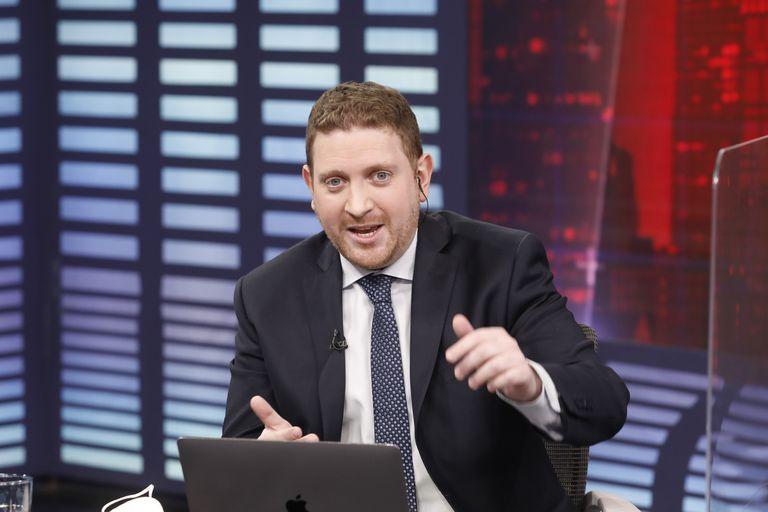 """Jony Viale: """"El problema son todos los Oyarbides que permiten que los corruptos sigan gobernando"""""""