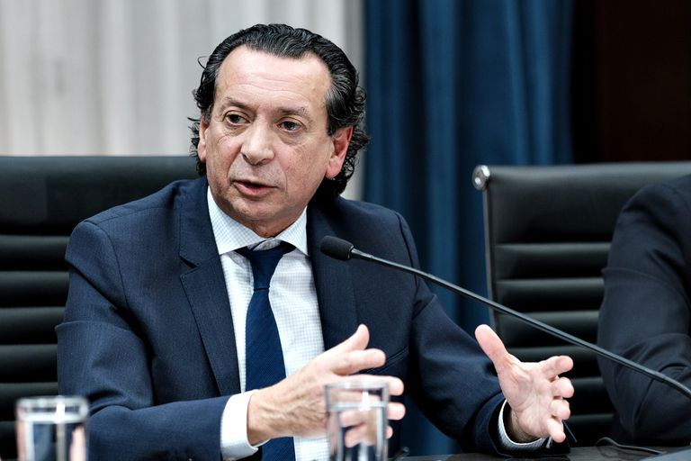"""Sica: el bono a los trabajadores privados """"no está cerrado"""", pero """"hay voluntad"""""""