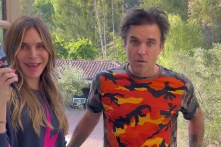 El drástico cambio de look de Robbie Williams que sorprendió a sus fans