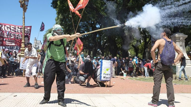Violencia en la plaza: la Justicia apunta a intendentes y sindicatos kirchneristas