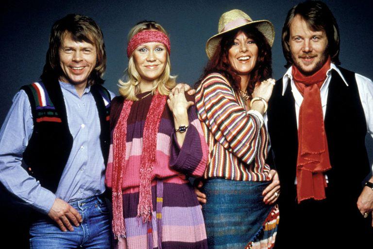 Björn Ulvaeus, Agnetha Fältskog, Anni-Frid (Frida) Lyngstad y Benny Anderson, los integrantes originales de ABBA, que además formaron dos matrimonios