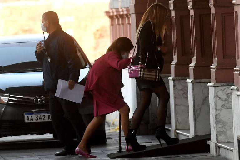 Elena Highton de Nolasco al ingresar a la Casa Rosada, en una de sus últimas apariciones públicas
