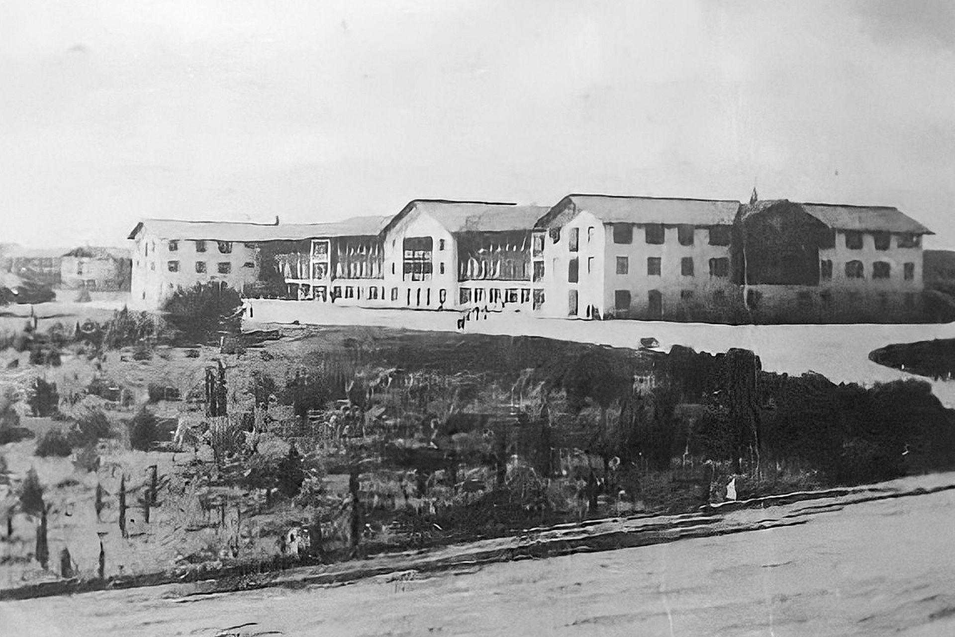 Foto histórica del complejo hotelero en Embalse, Córdoba