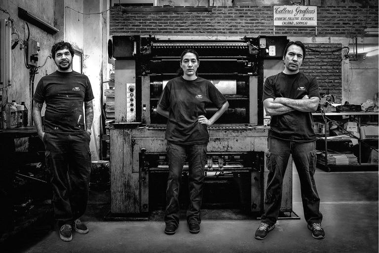 Imprenteros, la obra que Lorena Vega hace con sus hermanos, sobre el negocio familiar