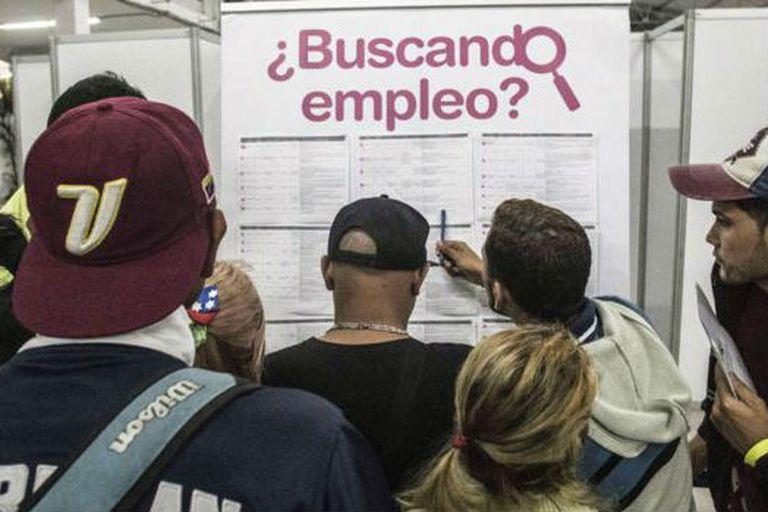 Hay quienes creen que el desempleo ha aumentado en Colombia por los venezolanos, pero otros argumentan que casi todos los venezolanos trabajan informalmente