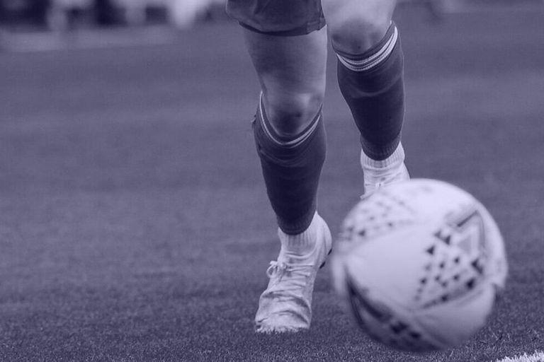 Acoso sexual: un DT argentino empleado por la AFA fue denunciado ante la FIFA