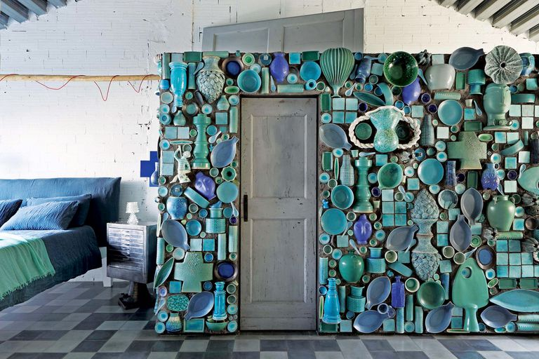 La genialidad de la diseñadora Paola Navone, expuesta en su casa de Milán