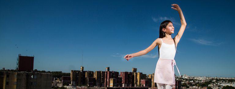 Zaira, la niña de Fuerte Apache que quiere ser bailarina y llegó al Teatro Colón