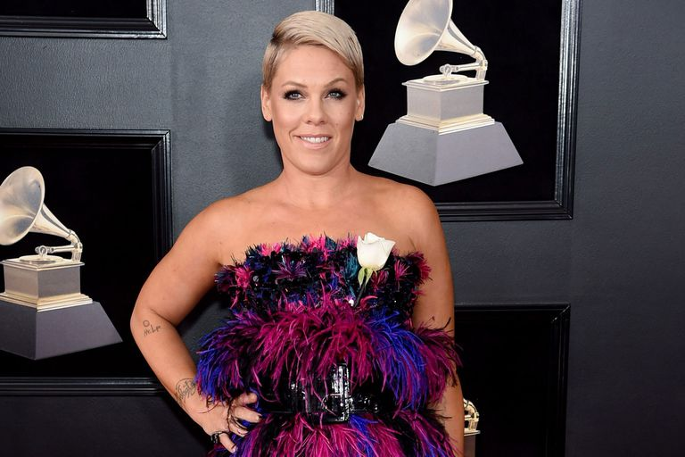 El fuerte cruce entre Pink y el presidente de la Academia que entrega los Grammy