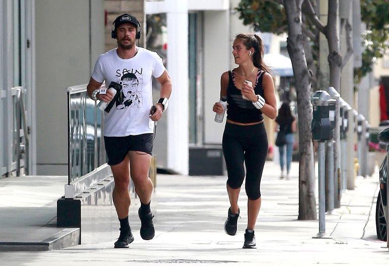 James Franco y su novia salieron a correr por las calles vacías de Los Ángeles