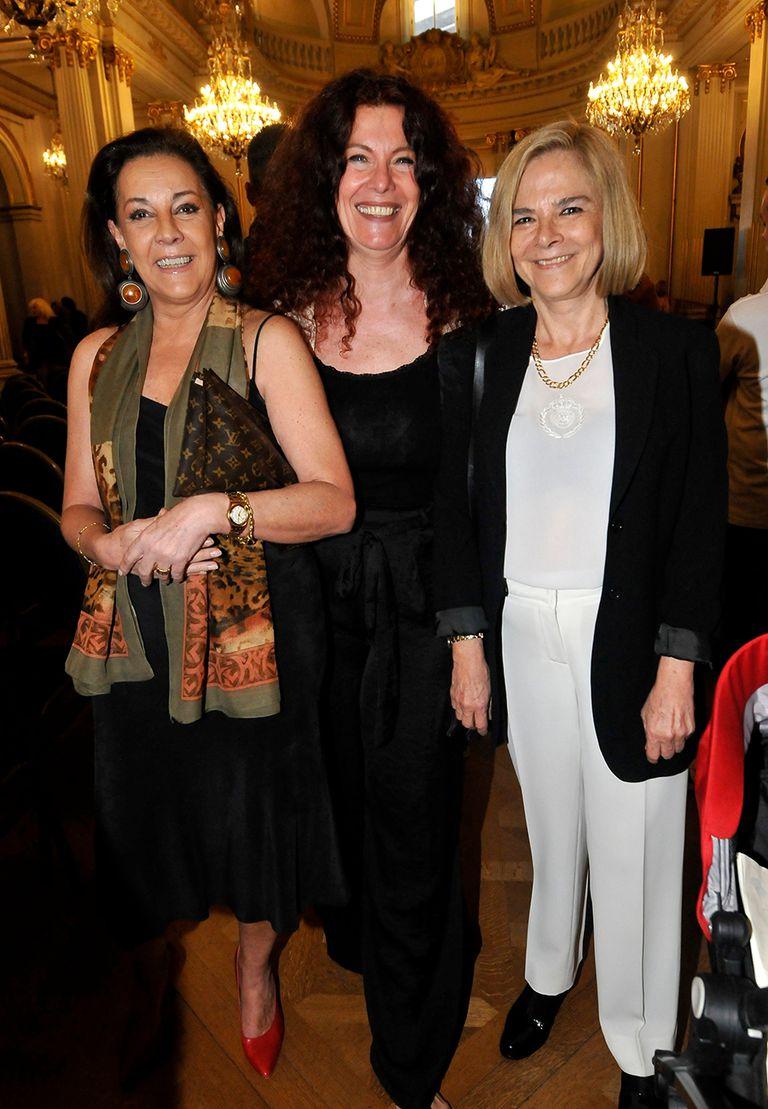 Mónica Gonzaga, Katja Alemann y María Leal posaron para las cámaras