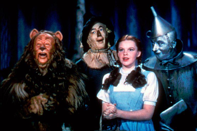 """Judy Garland en """"El Mago de Oz"""", la película que, a los 17 años, la lanzó a la fama"""