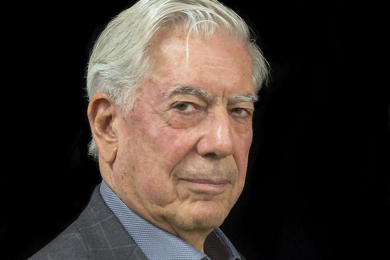 """Vargas Llosa: los """"Tiempos Recios"""" y su alerta por la Argentina"""