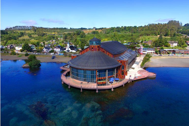 El Colón viaja al Teatro del Lago, una joya contemporánea en el fin del mundo