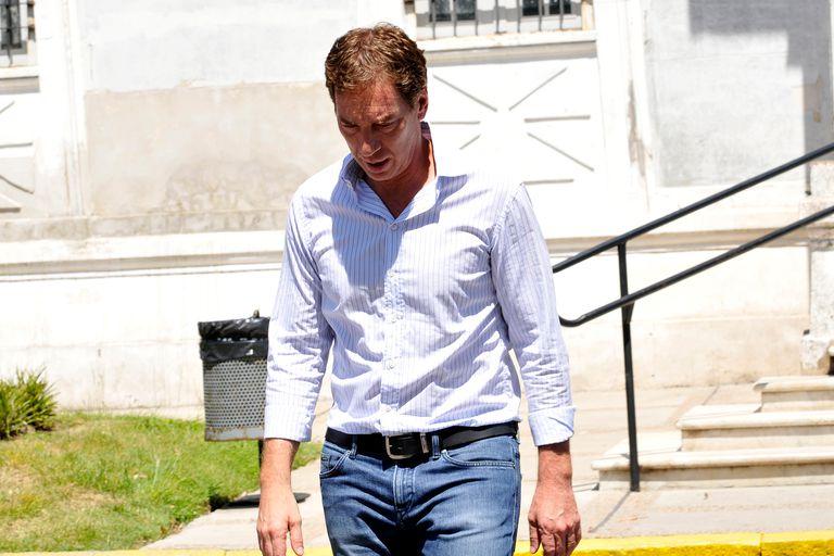 Diego Santilli participó del responso y estuvo junto a su exesposa y sus hijos el triste momento de la despedida