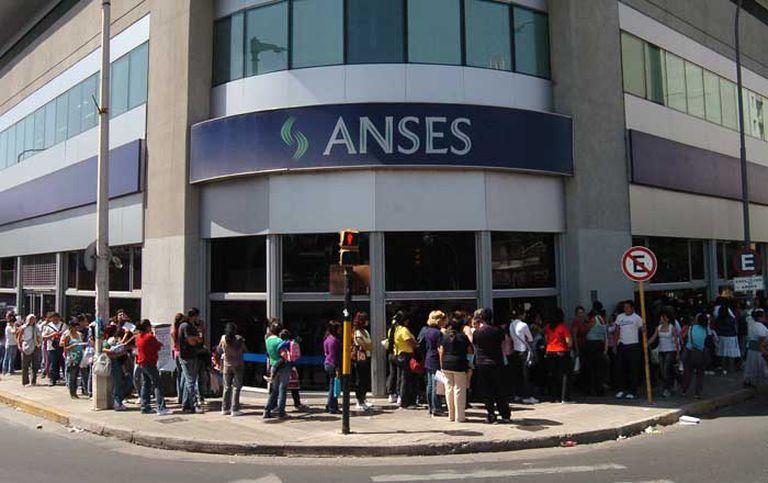 Pagos de Anses: quiénes cobran hoy viernes 6 de agosto