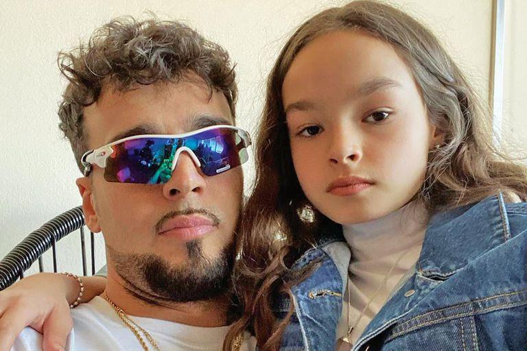 Vida Spinetta. Nieta de Luis Alberto e hija de Dante protagoniza un fashion film