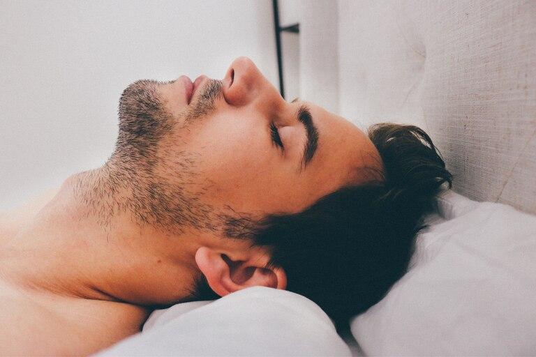 Muchas veces, aunque tengamos sueño y sea la hora de dormir, tomamos la decisión de desvelarnos