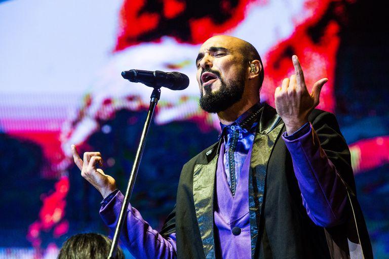 Abel Pintos, uno de los artistas más exitosos de la industria musical argentina